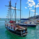 Ялта причал яхта Морские прогулки по Черному морю