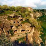 Пещерный город Чуфут-Кале в Бахчисарае Достопримечательности Экскурсии Крым